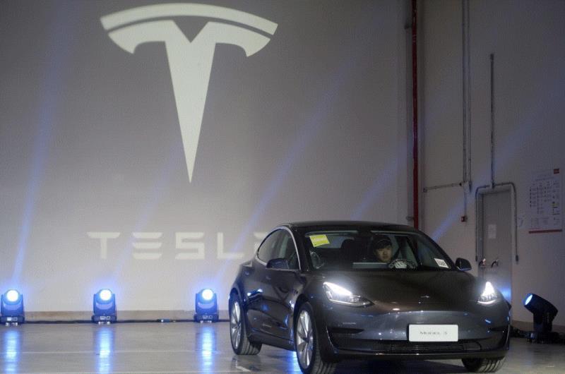 Vượt Volkswagen, Tesla trở thành nhà sản xuất ô tô giá trị lớn thứ hai thế giới