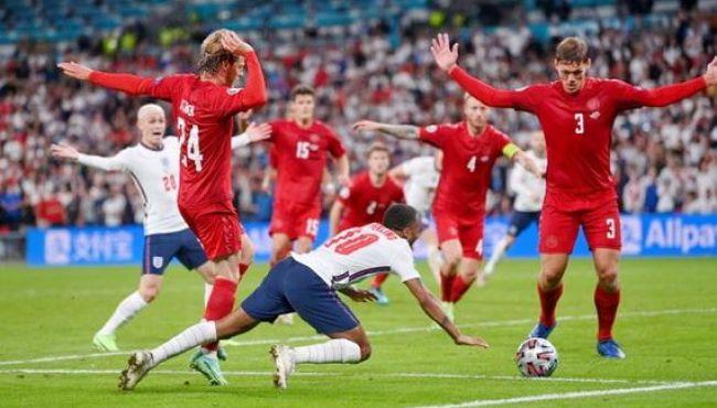 Italia lo ngại Anh được trợ giúp để vô địch Euro 2020!